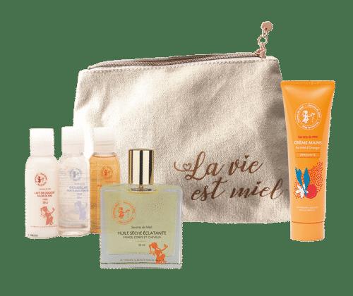 Trousse de voyage - mes essentiels voyage - beauté - produits naturels - Secrets de Miel