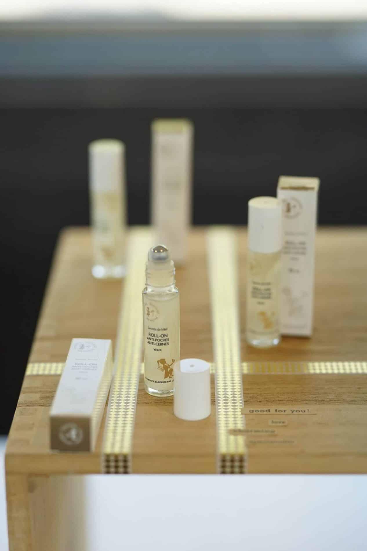 Roll-on - Vendeur à domicile indépendant - vente directe en cosmétiques - cosmétiques naturelles - apithérapie - produits de la ruche - made in France - Secrets de miel - anti-âge - anti-tâches - anti-rides - save the bees - sauver les abeilles