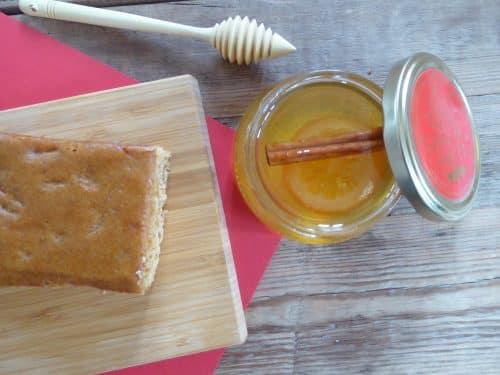 Recette de pain d'épice Noël - Secrets de Miel