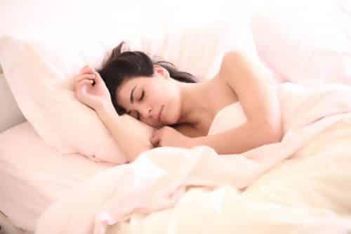 Retrouver un bon sommeil avec les compléments alimentaires Secrets de Miel