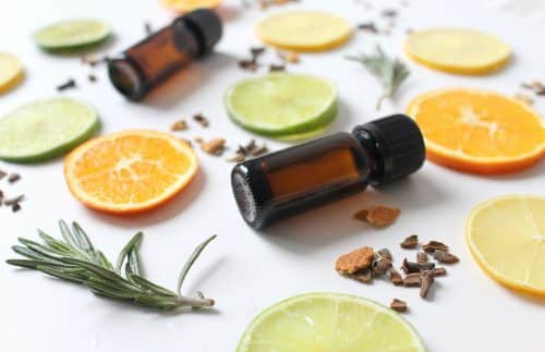 - huile - citron - oranger - menthe poivrée